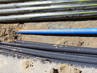 Multi utility multiple pipe types