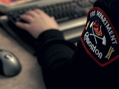 Closeup image of an emergency dispatcher
